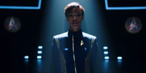 Michael Burnham being treated like Zod at the end of Battle at the Binary Stars